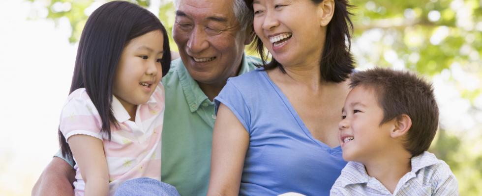 多家产品代理,最优的价格,最好的服务。 欲了解更多加拿大超级签证(父母探亲)的信息,请电话联络我们:514-606-6767, 1-866-850-7890(免费电话)或者 在线联系我们。